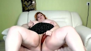 BBW Beauty Makes The Dildo Disappear